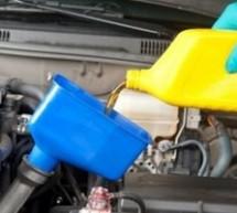 Ne dolivajte ulje u automobil
