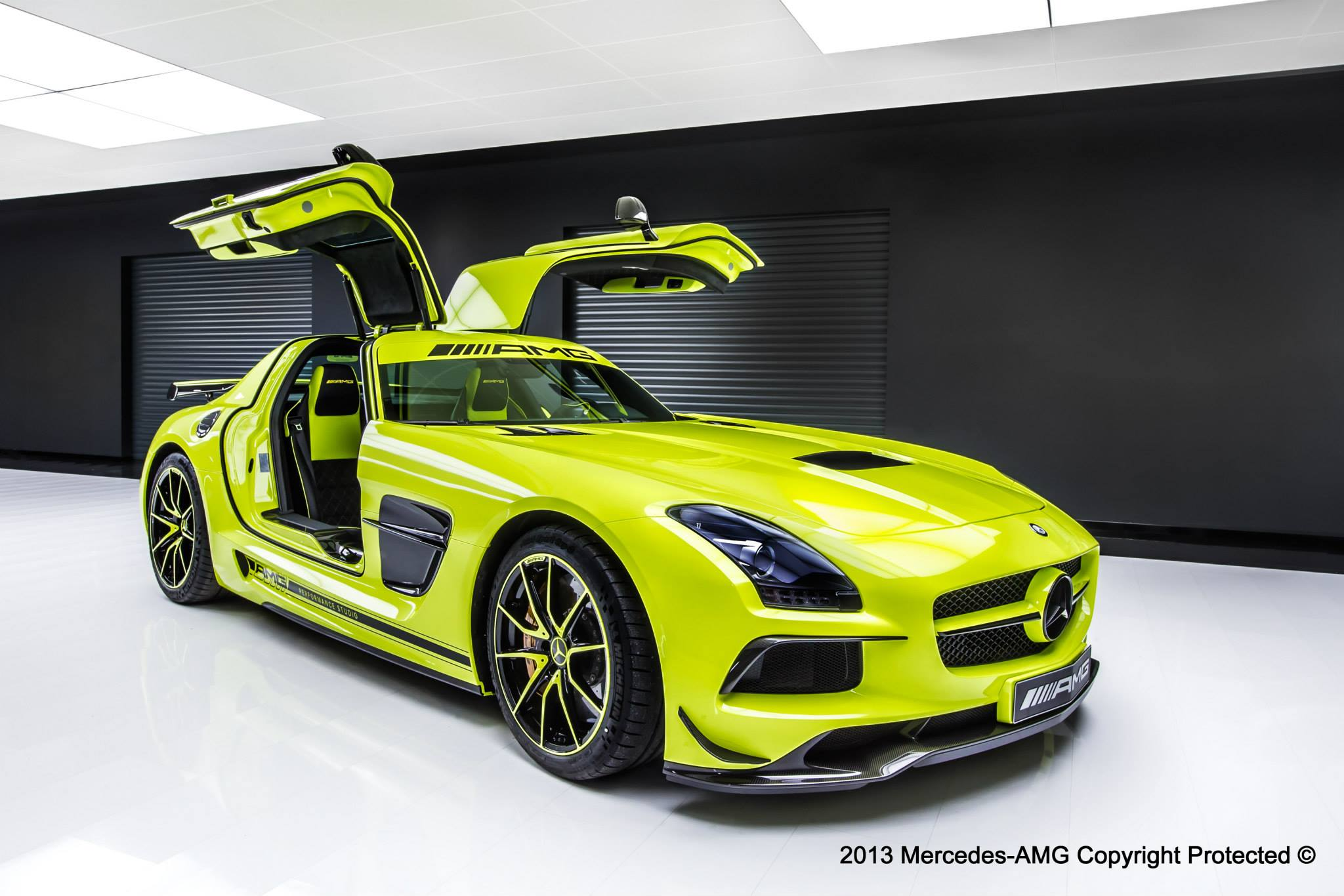 Mercedes Benz SLS AMG Black Series by AMG Performance Studio