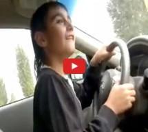 Video: Dječak ukrao ocu skupocjeni auto pa se provozao i sve snimio kamerom!