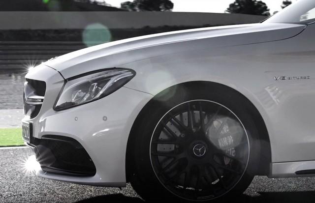 Ovako izgleda Mercedesov odgovor na BMW M4!  AutoSnova.com