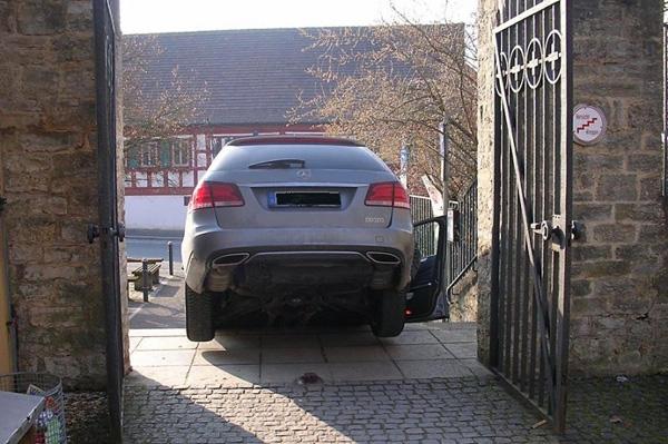 Mercedesa E-Klasa (3)