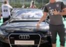 Bayernovi igrači dobili nova auta: Dizelka za tinejdžera, Levandovski uzeo 'Audi RS7′ (VIDEO)