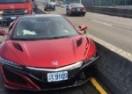 PČELA JE KRIVA ZA SVE: U udesu oštećena predserijska Honda NSX (VIDEO)
