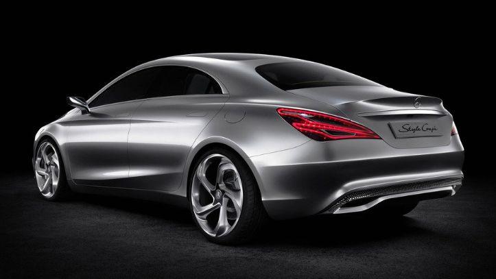 Mercedes A-Klasa Sedan (2)