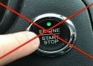 Šta se dešava ako tokom vožnje pritisnete start/stop dugme? Pažljivo gledajte! (VIDEO)