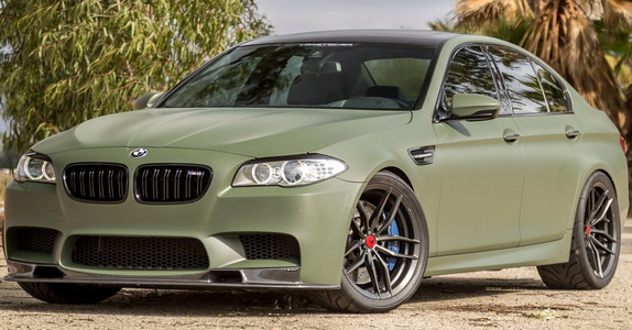 BMW M5 Military Green (1)