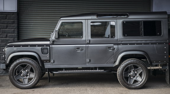 Chelsea Truck Company Land Rover Defender 11