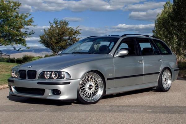 E39 BMW 540I  (1)