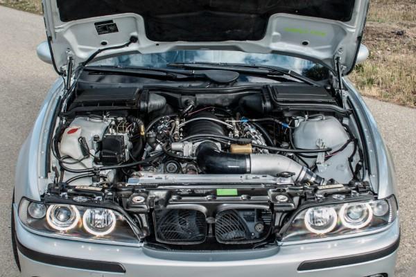 E39 BMW 540I  (3)