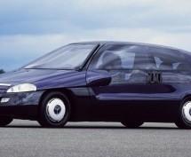 SJEĆATE LI SE OVOG KONCEPTA? Mercedes F100 bio je pravi tehnološki dragulj svog vremena!