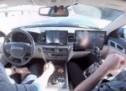 Miško ne može vezanih očiju: Osramotio se dok je pokazivao sistem autopilota (VIDEO)