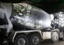 Auto mješalica za beton pretvorena u veliku disko kuglu (VIDEO)