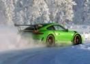 SNJEŽNI BALET: Novi Porsche 911 GT3 RS i Walter Rohrl u elementu! (VIDEO)