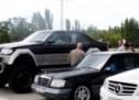 Legendarni Mercedes 'Genšer' u ruskoj izvedbi sije strah gdjegod se pojavi (VIDEO)