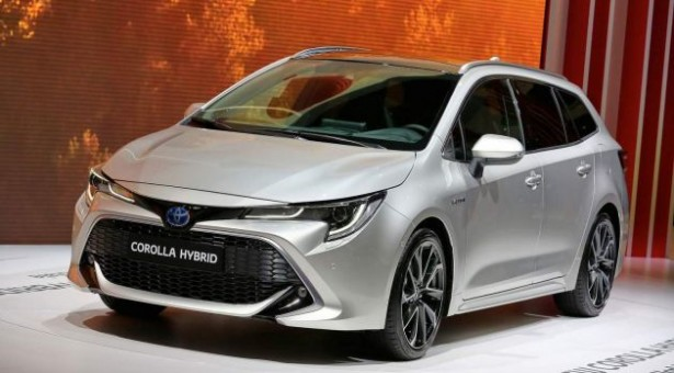 Predstavljena nova Toyota Corolla, i to u hečbek i karavan verziji!