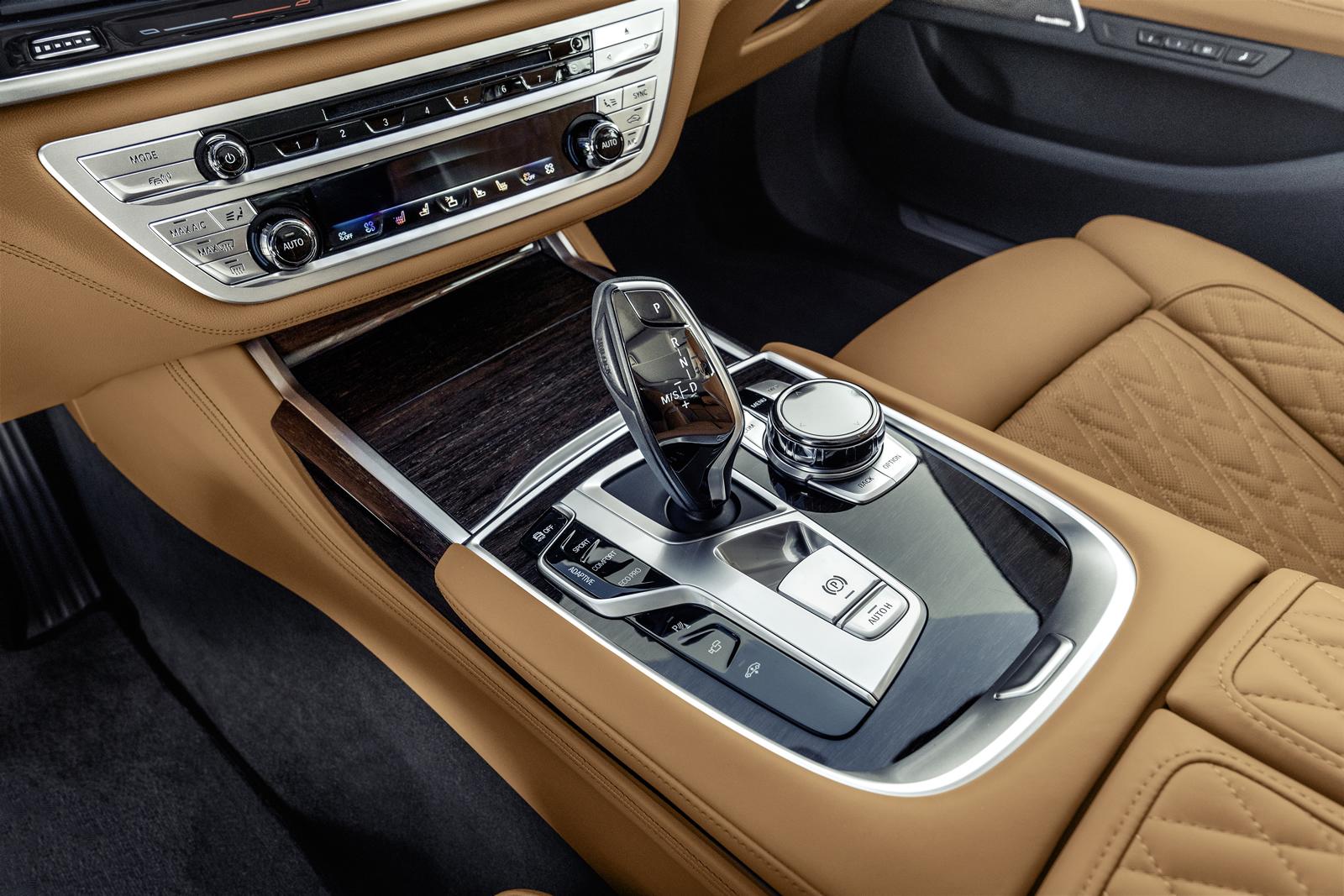 Novi-BMW-Serije-7-new-BMW-7-Series-13