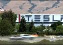 Kompanija Tesla planira da smanji broj zaposlenih za oko sedam odsto
