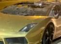 'Zlatni' Lamborghini uništen u plamenu (FOTO)