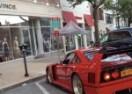 Registrovao rijedak trkaći Ferrari pa se njime vozika na večere (VIDEO)