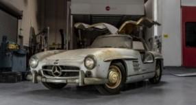 Mercedes 300SL Gullwing kojem treba vratiti sjaj! (FOTO)